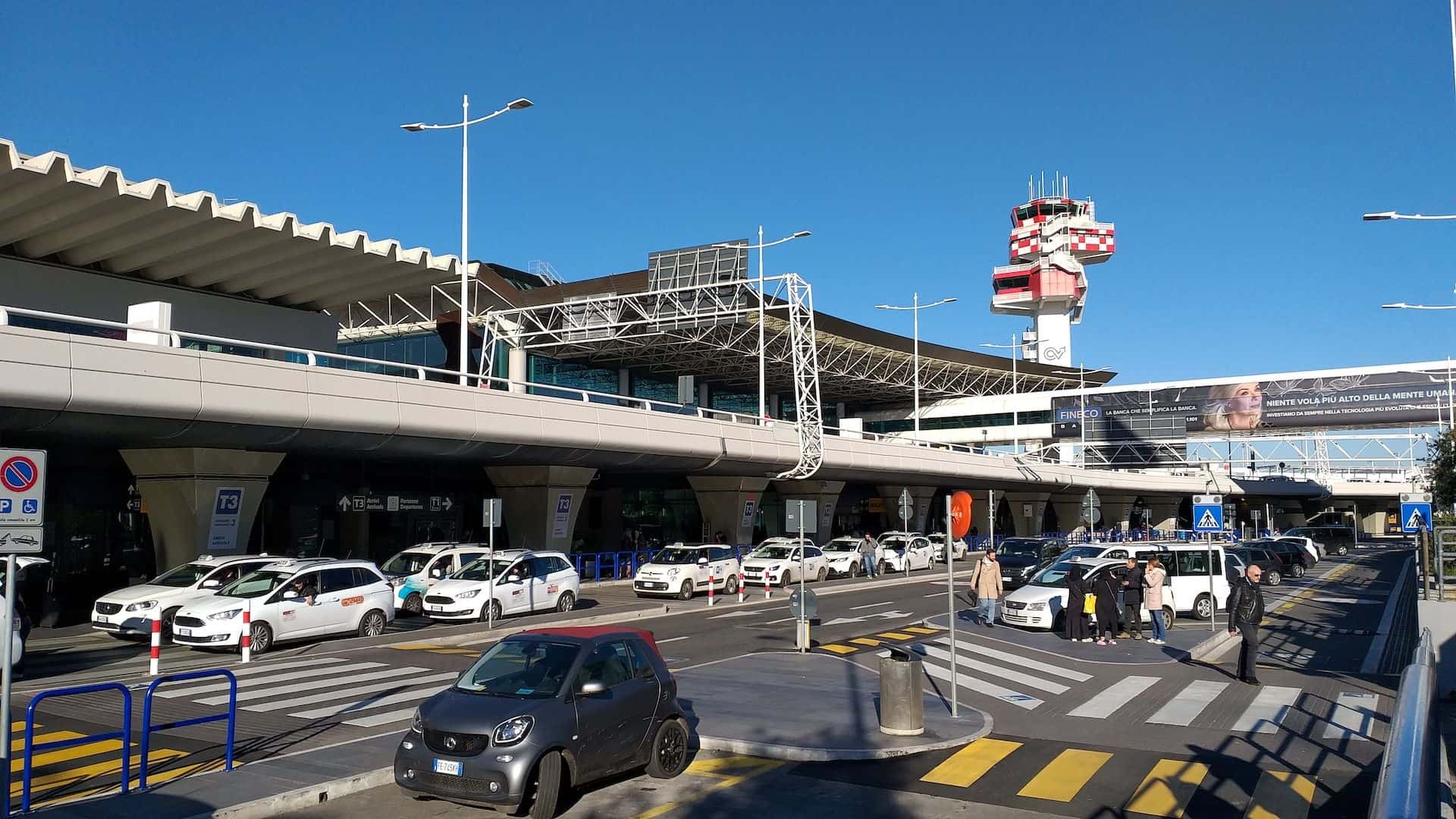 Rome airport taxi rank