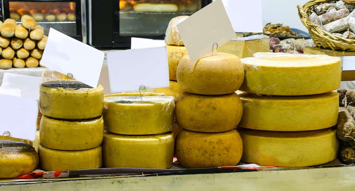 Don't miss to buy Pecorino Romano cheese